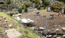 A massive concert in miniature scale.